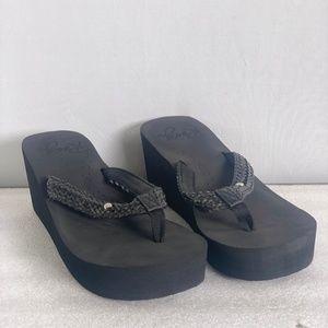 Roxy Mellie II Wedge Flip Flops - Black